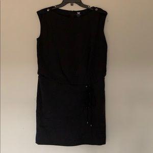 sleeveless skirt dress